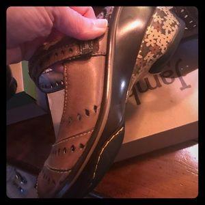 Jambi shoes